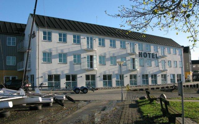 Отель BB-Hotel Aarhus Havnehotellet Дания, Орхус - отзывы, цены и фото номеров - забронировать отель BB-Hotel Aarhus Havnehotellet онлайн вид на фасад