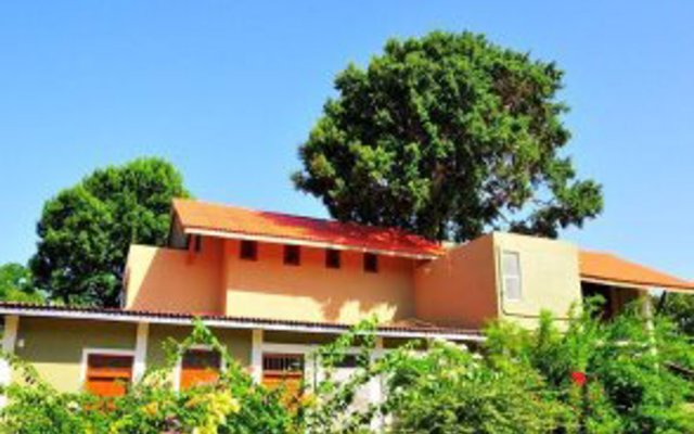Отель Vanaro Eco Lodge вид на фасад