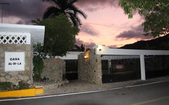 Отель Casas y Villas Real Estate - Casa Aldila вид на фасад