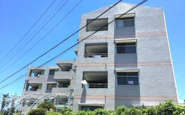 Отель Resort Mansion SeaZone Центр Окинавы вид на фасад