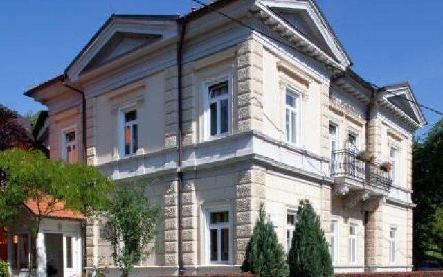 Garni Hotel Vila Ana