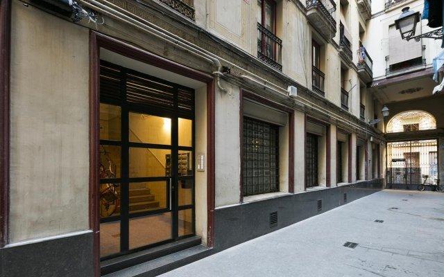 Отель Stay U nique Ciutat Vella Барселона вид на фасад