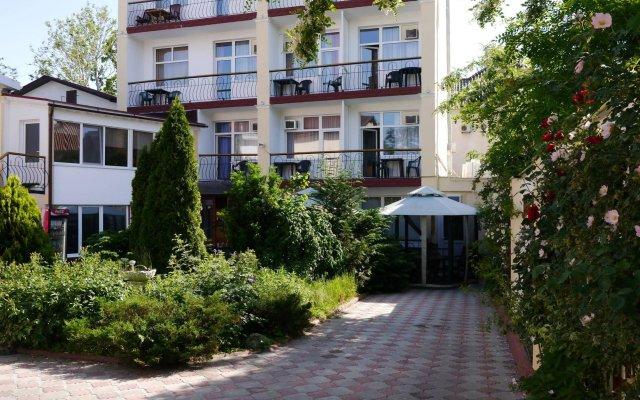 Гостиница Private Residence Osobnyak вид на фасад