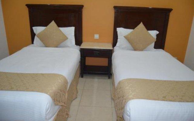 Al Hadeer Suites Hotel