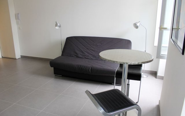 Отель Okeanos Apartment Франция, Ницца - отзывы, цены и фото номеров - забронировать отель Okeanos Apartment онлайн комната для гостей