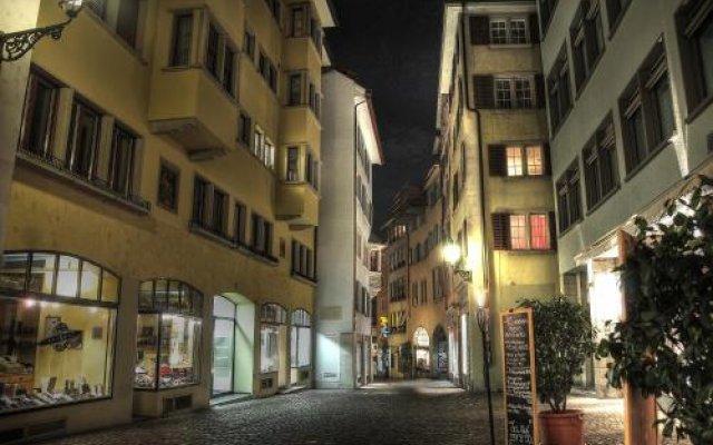 Отель Zürich Niederdorf - Grossmünster Швейцария, Цюрих - отзывы, цены и фото номеров - забронировать отель Zürich Niederdorf - Grossmünster онлайн вид на фасад
