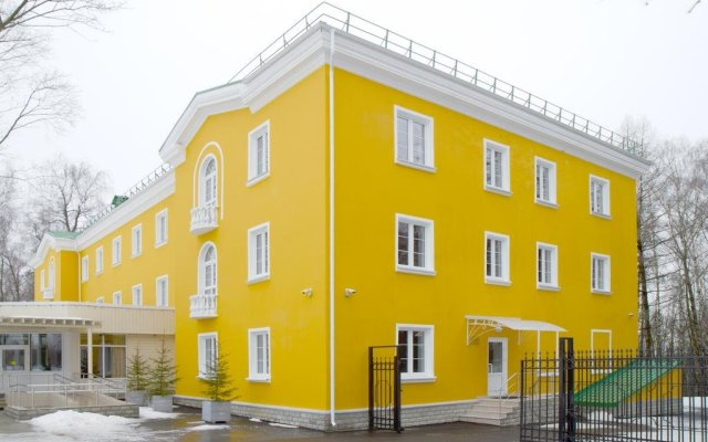 Гостиница Visit Center Gorki Leninskie вид на фасад