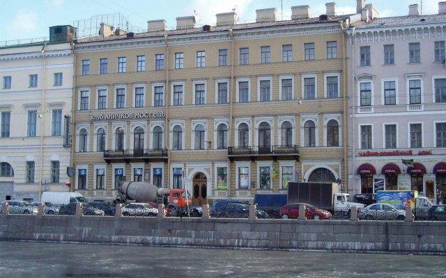 Отель Меблированные комнаты Аничков мост Санкт-Петербург вид на фасад
