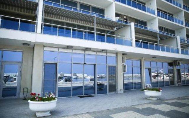 Отель Sovin'on Yakht Klub Одесса вид на фасад