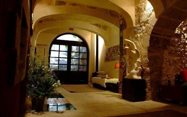 Отель Il Forn Accommodation Мальта, Зеббудж - отзывы, цены и фото номеров - забронировать отель Il Forn Accommodation онлайн вид на фасад