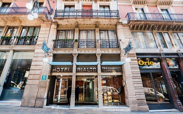 Отель Rialto вид на фасад