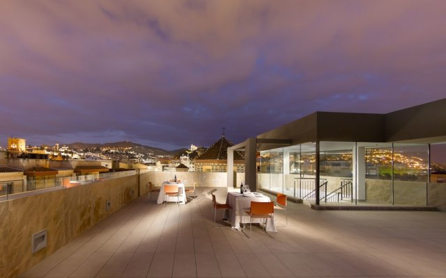Hotel Abades Recogidas вид на фасад