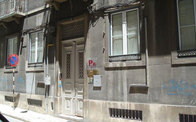 Отель Pensão Pérola da Baixa вид на фасад