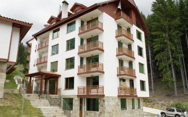 Отель Aparthotel Forest Glade Болгария, Чепеларе - отзывы, цены и фото номеров - забронировать отель Aparthotel Forest Glade онлайн вид на фасад