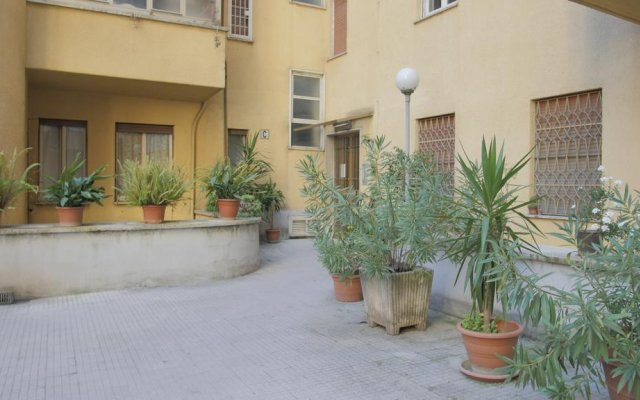 Отель Vino e Vinili вид на фасад
