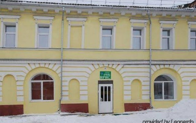 Гостиница Ирис вид на фасад