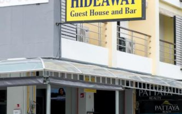 Отель Hideaway Guest House And Bar вид на фасад