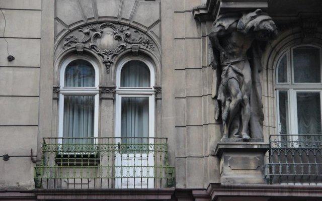Гостиница Atlant Украина, Львов - отзывы, цены и фото номеров - забронировать гостиницу Atlant онлайн вид на фасад
