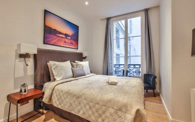 Отель 62 - Luxury Flat Champs-Elysées 1G Франция, Париж - отзывы, цены и фото номеров - забронировать отель 62 - Luxury Flat Champs-Elysées 1G онлайн вид на фасад