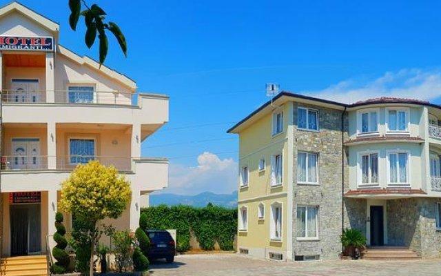 Отель Emigranti Албания, Шкодер - отзывы, цены и фото номеров - забронировать отель Emigranti онлайн вид на фасад