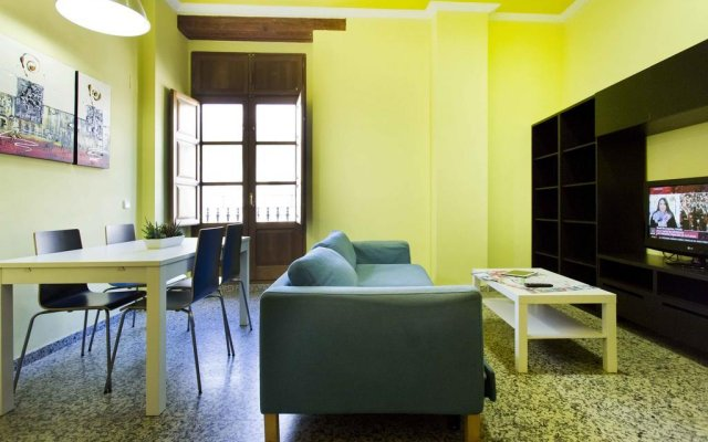 Отель Apartamentos Puerto Valencia комната для гостей