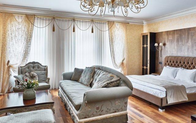 Shato Luxe Hotel