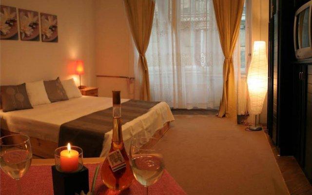 Отель Centro Budapest Apartmanok комната для гостей