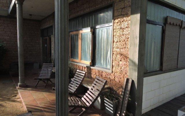 Отель Guest@Wadduwa Шри-Ланка, Панадура - отзывы, цены и фото номеров - забронировать отель Guest@Wadduwa онлайн вид на фасад