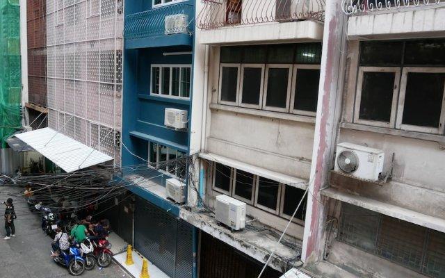 Отель Np House Бангкок вид на фасад