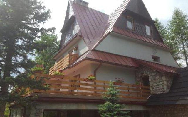 Отель Willa Kościelisko Косцелиско вид на фасад