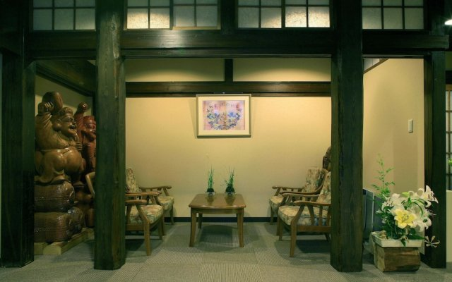 Отель Gensen no Yado Maruishi Ryokan Хакуба вид на фасад