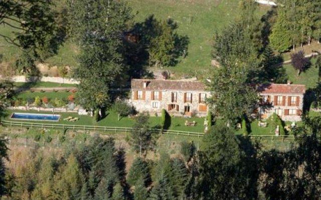 Отель Apartamentos Rurales Les Barnedes Мольо вид на фасад