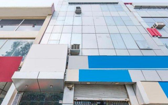 Hotel Surya Plaza вид на фасад
