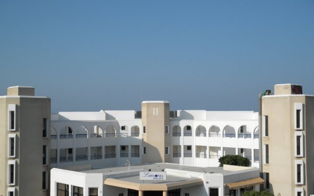 Lawsonia Hotel Apartments вид на фасад