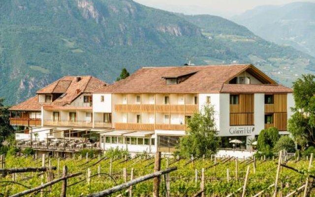 Hotel Girlanerhof Аппиано-сулла-Страда-дель-Вино вид на фасад