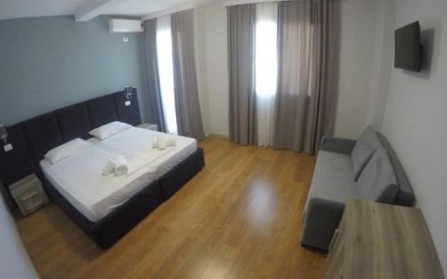 Hotel Perandor Durres комната для гостей