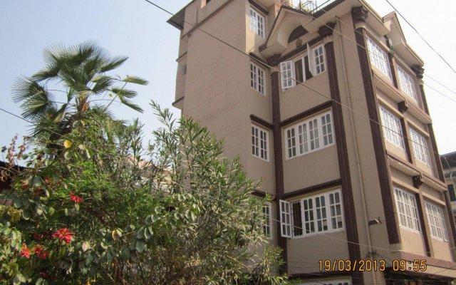 Отель The Happily Ever After Hostel Непал, Катманду - отзывы, цены и фото номеров - забронировать отель The Happily Ever After Hostel онлайн вид на фасад
