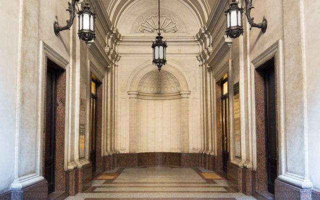 Отель Le Quattro Dame Luxury Suites Рим вид на фасад