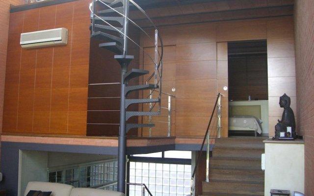 Отель Casa Con Piscina Y Bbq En Centro Ciudad Барселона вид на фасад