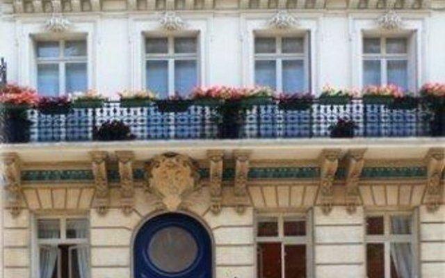 Отель Jays Paris вид на фасад