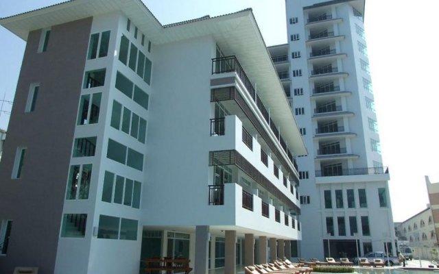 Pattaya Discovery Beach Hotel вид на фасад