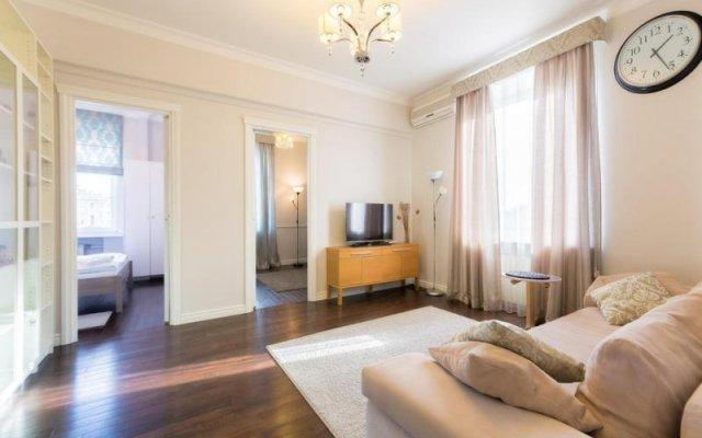 Апартаменты LikeHome Апартаменты Арбат комната для гостей