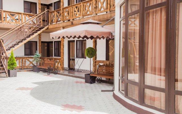 Гостиница Artik вид на фасад