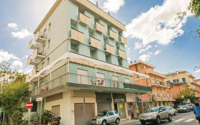 Отель Residence Doral Римини вид на фасад