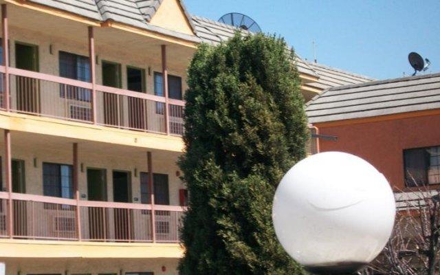 Отель Destiny Inn вид на фасад