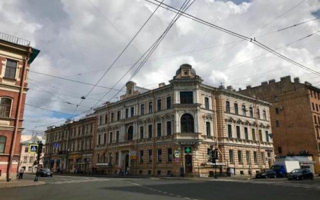 4U Capsule Hotel вид на фасад