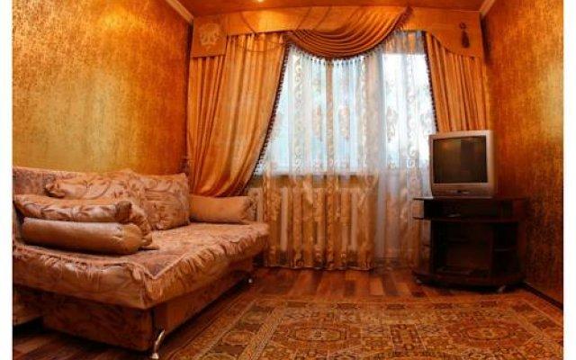 Апартаменты Apartments on Stepan Bandera Street комната для гостей