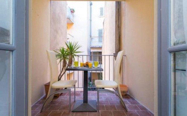 Отель Malonat Duplex балкон