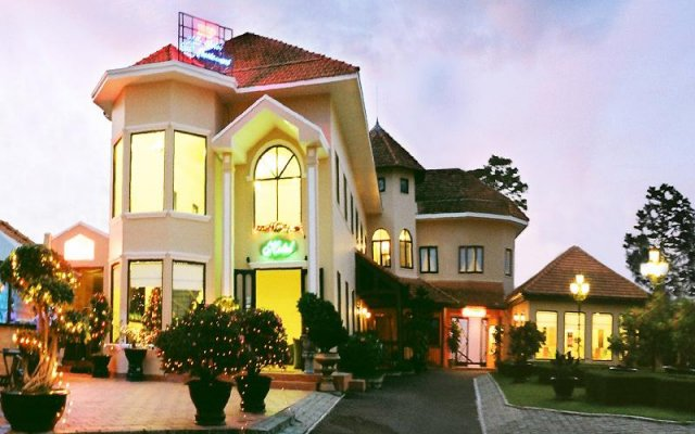Villa Hotel Hp Далат вид на фасад