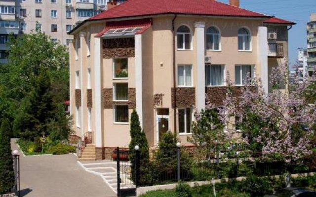 Отель Ника Черноморск вид на фасад